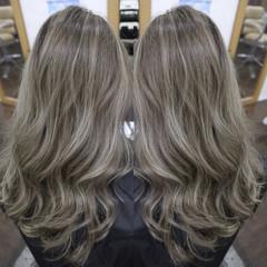 ロング ニュアンス ガーリー ミルクティー ヘアスタイルや髪型の写真・画像
