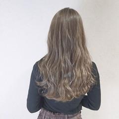 ナチュラル 透明感 ロング アッシュ ヘアスタイルや髪型の写真・画像