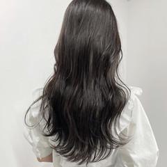 ミルクティーベージュ ベージュ ロング ダークカラー ヘアスタイルや髪型の写真・画像