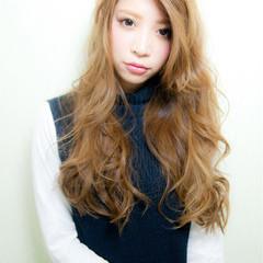 アッシュ 大人かわいい 外国人風 ロング ヘアスタイルや髪型の写真・画像