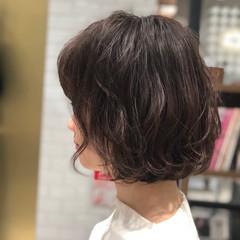 ショートボブ ショートヘア 切りっぱなしボブ ボブ ヘアスタイルや髪型の写真・画像