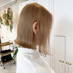 ボブ ショートヘア ミルクティーベージュ ストリート ヘアスタイルや髪型の写真・画像