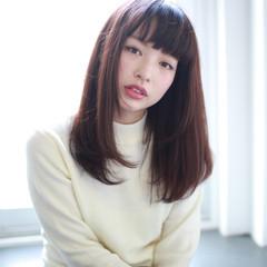 フェミニン ナチュラル アッシュ 前髪あり ヘアスタイルや髪型の写真・画像