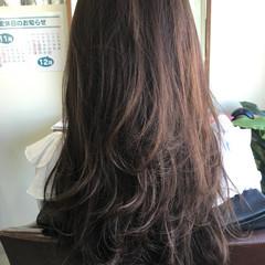 ラベンダーアッシュ セミロング ナチュラル 外国人風 ヘアスタイルや髪型の写真・画像