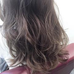 ナチュラル ブルージュ グラデーションカラー ロング ヘアスタイルや髪型の写真・画像