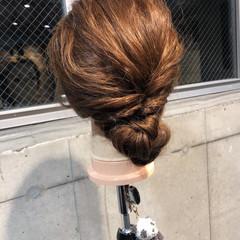 コンサバ シニヨン 簡単ヘアアレンジ ヘアアレンジ ヘアスタイルや髪型の写真・画像