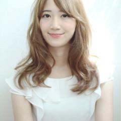 斜め前髪 ロング 色気 フェミニン ヘアスタイルや髪型の写真・画像