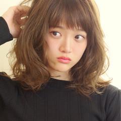 ゆるふわ 大人かわいい フェミニン アッシュ ヘアスタイルや髪型の写真・画像