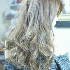 ロング アッシュ 外国人風 ガーリー ヘアスタイルや髪型の写真・画像