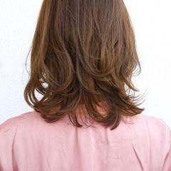 ミディアム 大人可愛い ゆるふわパーマ デジタルパーマ ヘアスタイルや髪型の写真・画像