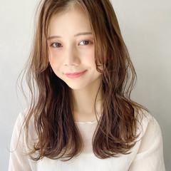ゆるふわ 大人かわいい アンニュイほつれヘア デート ヘアスタイルや髪型の写真・画像