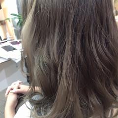 ハイライト グラデーションカラー ナチュラル ゆるふわ ヘアスタイルや髪型の写真・画像
