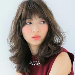 フェミニン 大人かわいい イルミナカラー 外国人風 ヘアスタイルや髪型の写真・画像