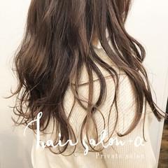ナチュラル 巻き髪 ロング ゆる巻き ヘアスタイルや髪型の写真・画像