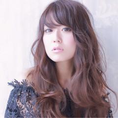 外国人風 パーマ ロング ゆるふわ ヘアスタイルや髪型の写真・画像