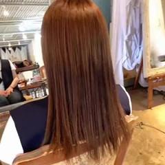 セミロング エレガント インナーカラー ショートヘア ヘアスタイルや髪型の写真・画像