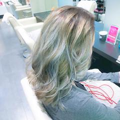 外国人風カラー 上品 イルミナカラー エレガント ヘアスタイルや髪型の写真・画像