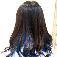ブリーチカラー インナーブルー インナーカラー モード ヘアスタイルや髪型の写真・画像