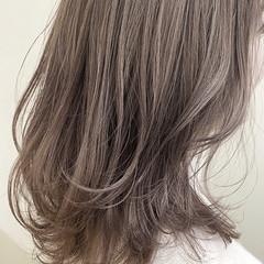 ミディアム 3Dハイライト バレイヤージュ ミディアムレイヤー ヘアスタイルや髪型の写真・画像