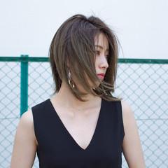 フェミニン 前髪あり 外国人風 抜け感 ヘアスタイルや髪型の写真・画像