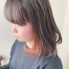 ガーリー インナーカラーオレンジ ミルクティーベージュ ボブ ヘアスタイルや髪型の写真・画像