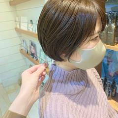 ショート ショートボブ ショートヘア ベージュ ヘアスタイルや髪型の写真・画像