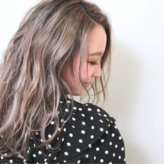 外国人風カラー モード ミディアム ハイライト ヘアスタイルや髪型の写真・画像