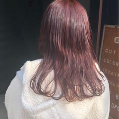 ベリーピンク ヘアアレンジ セミロング N.オイル ヘアスタイルや髪型の写真・画像