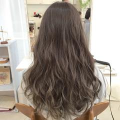 外国人風 アッシュ ロング ガーリー ヘアスタイルや髪型の写真・画像