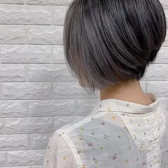 3Dハイライト エレガント ショート ホワイトハイライト ヘアスタイルや髪型の写真・画像