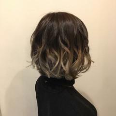 切りっぱなし 春 フェミニン 透明感 ヘアスタイルや髪型の写真・画像