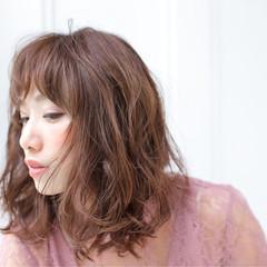 ミディアム 大人女子 フリンジバング 小顔 ヘアスタイルや髪型の写真・画像