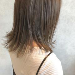 ベージュ ミルクティーベージュ グレージュ ボブ ヘアスタイルや髪型の写真・画像