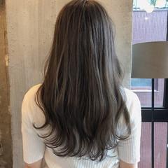 暗髪 アンニュイほつれヘア 透明感 くすみカラー ヘアスタイルや髪型の写真・画像