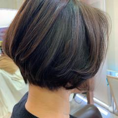 モード コントラストハイライト インナーカラー 大人ハイライト ヘアスタイルや髪型の写真・画像