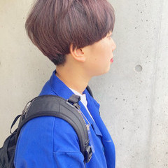 ショートヘア マッシュショート バイオレットカラー 暗髪バイオレット ヘアスタイルや髪型の写真・画像