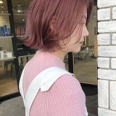ピンク フェミニン 切りっぱなしボブ ショートボブ ヘアスタイルや髪型の写真・画像