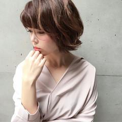 ストリート 小顔 パーマ 色気 ヘアスタイルや髪型の写真・画像