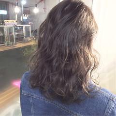 大人かわいい ストリート グラデーションカラー 暗髪 ヘアスタイルや髪型の写真・画像