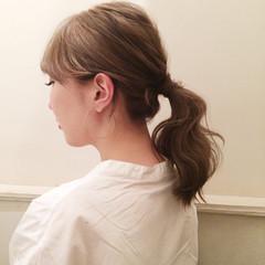 ミディアム ヘアアレンジ ポニーテール ナチュラル ヘアスタイルや髪型の写真・画像