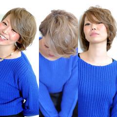 ショート グラデーションカラー ゆるふわ 外国人風 ヘアスタイルや髪型の写真・画像