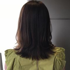 ミントアッシュ ロブ オリーブアッシュ オリーブグレージュ ヘアスタイルや髪型の写真・画像