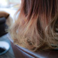 グラデーションカラー ダブルカラー アッシュグラデーション ミディアム ヘアスタイルや髪型の写真・画像