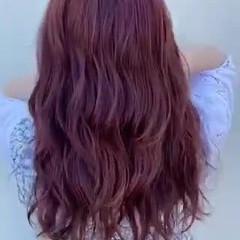 ミルクティーベージュ 巻き髪 ハイライト ピンクベージュ ヘアスタイルや髪型の写真・画像