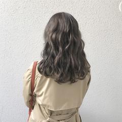 外国人風 セミロング コンサバ ハイトーン ヘアスタイルや髪型の写真・画像