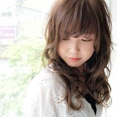コンサバ 斜め前髪 ミディアム 色気 ヘアスタイルや髪型の写真・画像