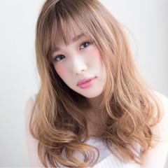 ゆるふわ セミロング 前髪あり フェミニン ヘアスタイルや髪型の写真・画像