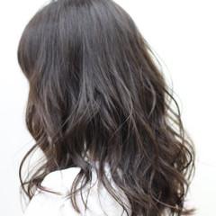 アッシュ ナチュラル 暗髪 透明感 ヘアスタイルや髪型の写真・画像