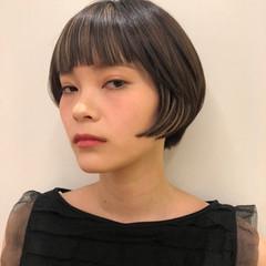 モード ショートボブ ショートヘア インナーカラー ヘアスタイルや髪型の写真・画像