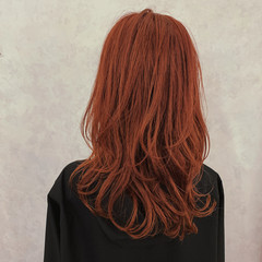 ストリート ブラットオレンジ オレンジカラー ウルフカット ヘアスタイルや髪型の写真・画像